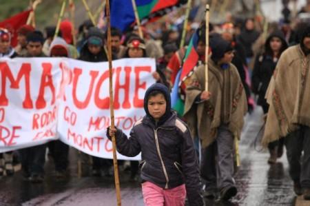 Marcha-Mapuche-e1349774212573