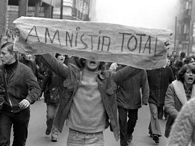 amnistía 77