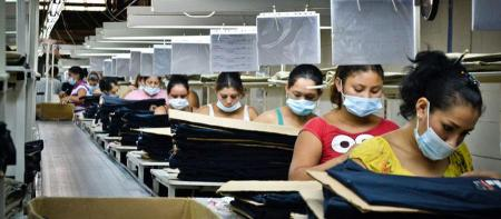 trabajadoras-en-maquila-de-nicaragua-c-mathieu-etienne-gagnon-oxfambis