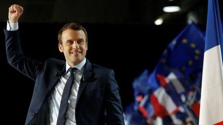 Macron-alimenta-posibilidad-victoria-Pen_EDIIMA20170403_0422_20