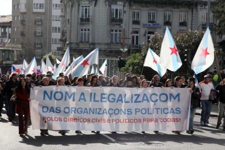 Manifestacion contra la ilegalizacion de las organizaciones politicas.